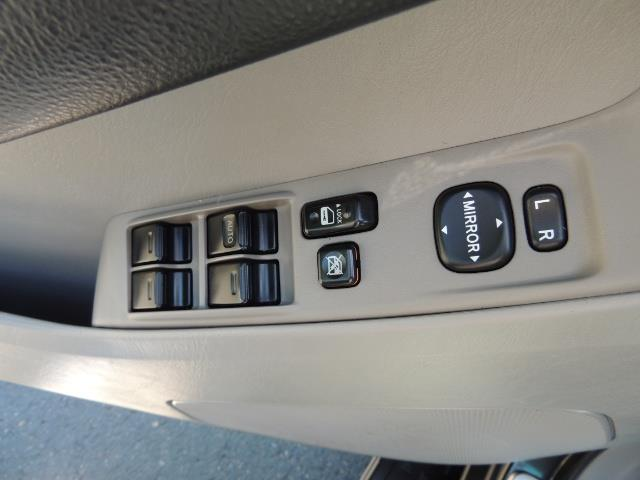 2006 Toyota 4Runner V6 4.0L / 4X4 / DIFF LOCK / 3RD SEATS / 1-OWNER - Photo 32 - Portland, OR 97217
