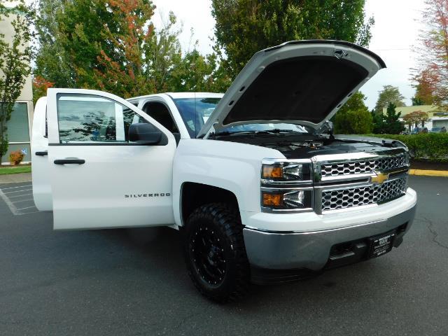 2014 Chevrolet Silverado 1500 LT / Crew Cab / 4X4 / LIFTED / NEW WHEELS & TIRES - Photo 31 - Portland, OR 97217