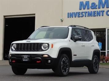 2016 Jeep Renegade Trailhawk / 4X4 / Sport Utility / 17K Miles SUV