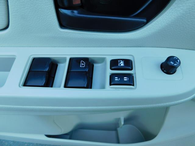 2012 Subaru Impreza 2.0i Hatchback AWD Premium Wagon - Photo 32 - Portland, OR 97217