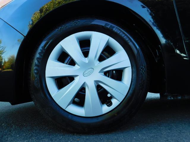 2012 Subaru Impreza 2.0i Hatchback AWD Premium Wagon - Photo 19 - Portland, OR 97217