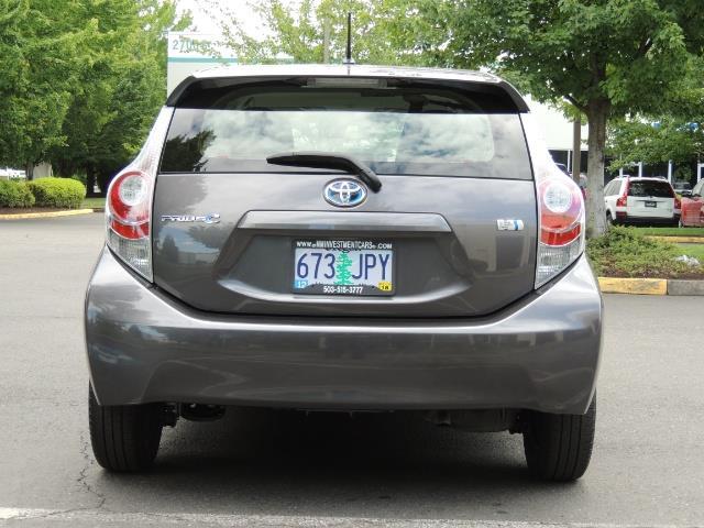 2014 Toyota Prius c One / Hatchback / 34K MILES - Photo 6 - Portland, OR 97217
