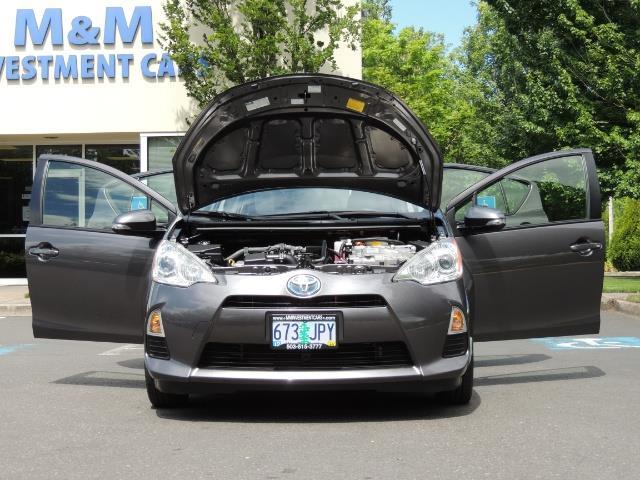2014 Toyota Prius c One / Hatchback / 34K MILES - Photo 31 - Portland, OR 97217