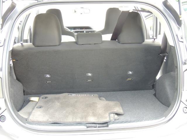 2014 Toyota Prius c One / Hatchback / 34K MILES - Photo 18 - Portland, OR 97217