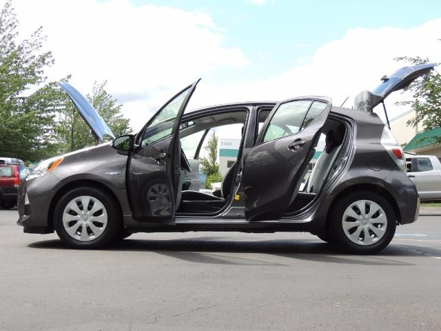 2014 Toyota Prius c One / Hatchback / 34K MILES - Photo 26 - Portland, OR 97217