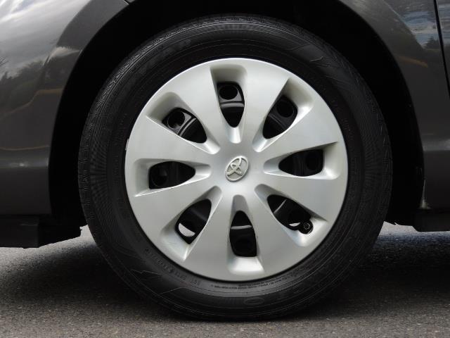 2014 Toyota Prius c One / Hatchback / 34K MILES - Photo 37 - Portland, OR 97217
