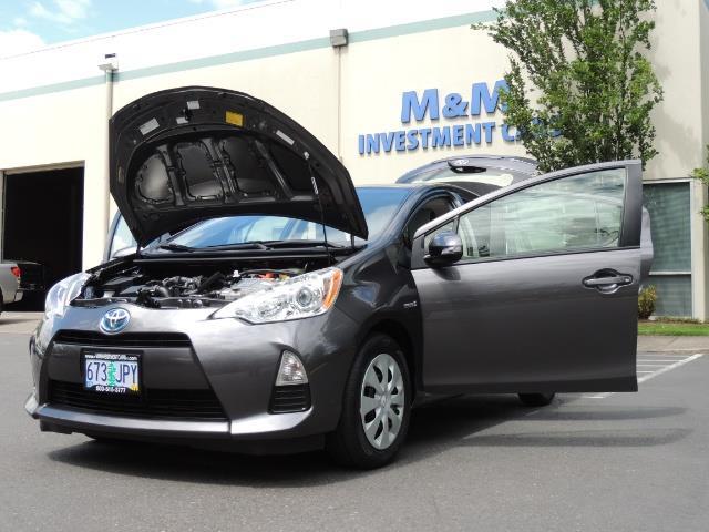2014 Toyota Prius c One / Hatchback / 34K MILES - Photo 25 - Portland, OR 97217