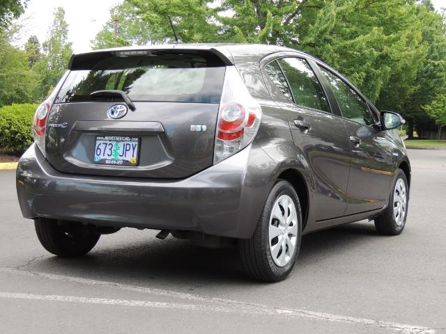 2014 Toyota Prius c One / Hatchback / 34K MILES - Photo 8 - Portland, OR 97217