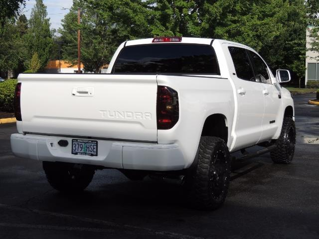 2017 Toyota Tundra SR5 / CrewMax / 4X4 / 5.7L / 6000 MILES / LIFTED - Photo 7 - Portland, OR 97217