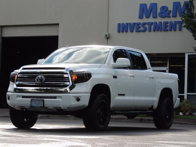 2017 Toyota Tundra SR5 / CrewMax / 4X4 / 5.7L / 6000 MILES / LIFTED - Photo 45 - Portland, OR 97217