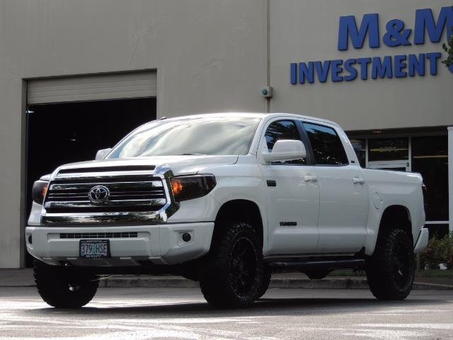 2017 Toyota Tundra SR5 / CrewMax / 4X4 / 5.7L / 6000 MILES / LIFTED - Photo 1 - Portland, OR 97217