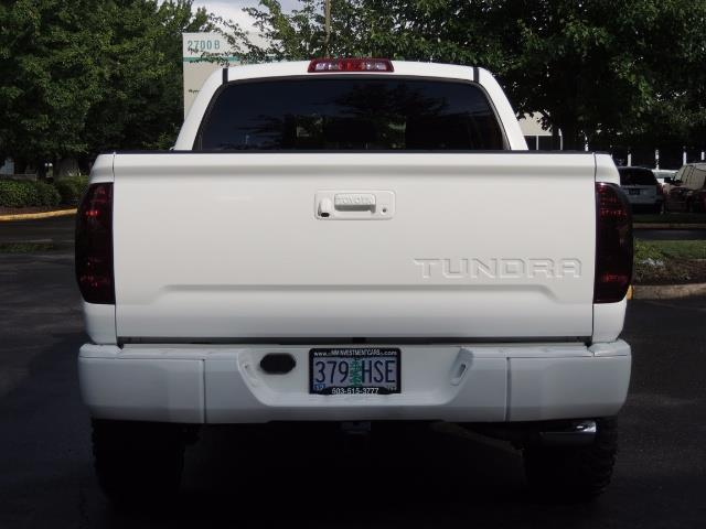 2017 Toyota Tundra SR5 / CrewMax / 4X4 / 5.7L / 6000 MILES / LIFTED - Photo 6 - Portland, OR 97217
