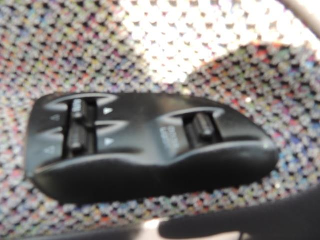 2002 Dodge Ram 2500 SLT 4dr Quad Cab / 4X4 / 5.9L DIESEL / 6-SPEED - Photo 33 - Portland, OR 97217
