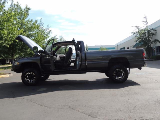 2002 Dodge Ram 2500 SLT 4dr Quad Cab / 4X4 / 5.9L DIESEL / 6-SPEED - Photo 26 - Portland, OR 97217