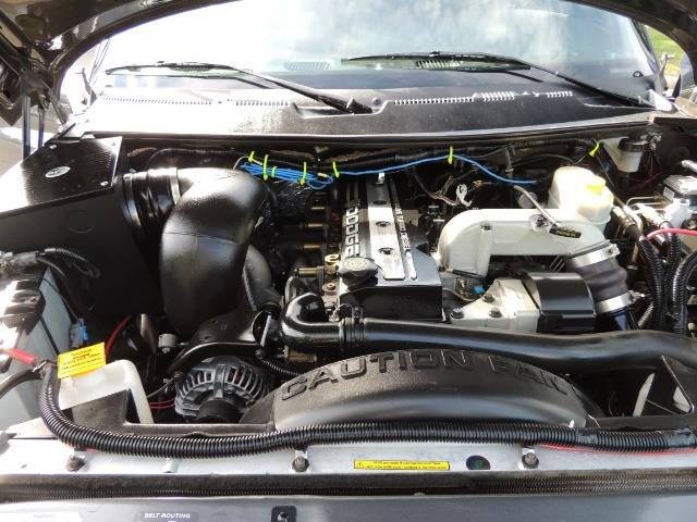 2002 Dodge Ram 2500 SLT 4dr Quad Cab / 4X4 / 5.9L DIESEL / 6-SPEED - Photo 32 - Portland, OR 97217