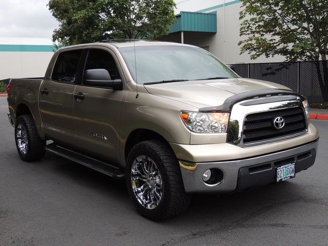 2007 toyota tundra crewmax sr5 4x4 moonroof excel cond. Black Bedroom Furniture Sets. Home Design Ideas