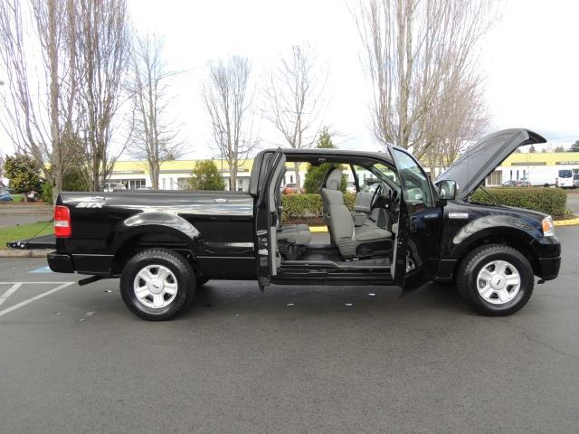 2005 ford f 150 stx super cab 4 door v8 4 6l low 60k miles. Black Bedroom Furniture Sets. Home Design Ideas