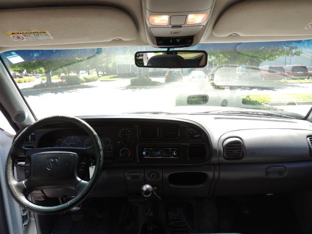 2001 Dodge Ram 2500 Laramie SLT Quad Cab / 4X4 /5.9L DIESEL / 6-SPEED - Photo 35 - Portland, OR 97217