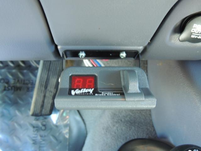 2001 Dodge Ram 2500 Laramie SLT Quad Cab / 4X4 /5.9L DIESEL / 6-SPEED - Photo 40 - Portland, OR 97217