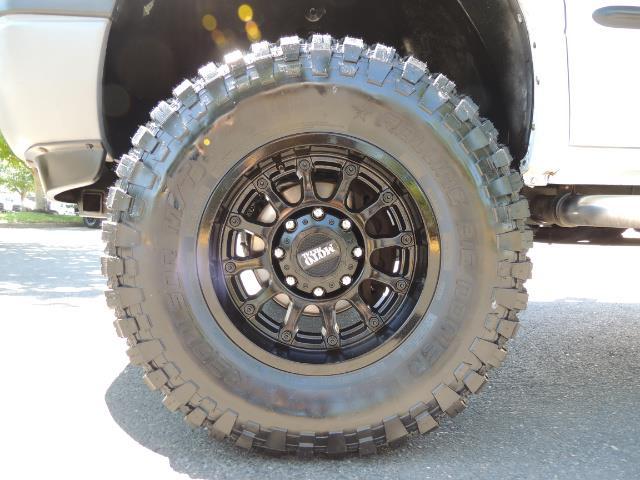 2001 Dodge Ram 2500 Laramie SLT Quad Cab / 4X4 /5.9L DIESEL / 6-SPEED - Photo 23 - Portland, OR 97217