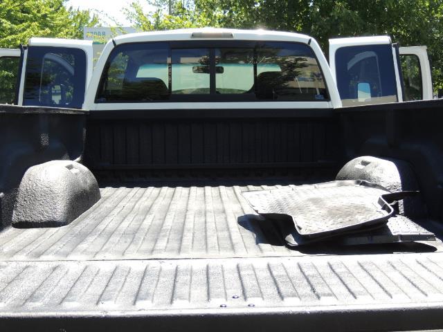 2001 Dodge Ram 2500 Laramie SLT Quad Cab / 4X4 /5.9L DIESEL / 6-SPEED - Photo 22 - Portland, OR 97217