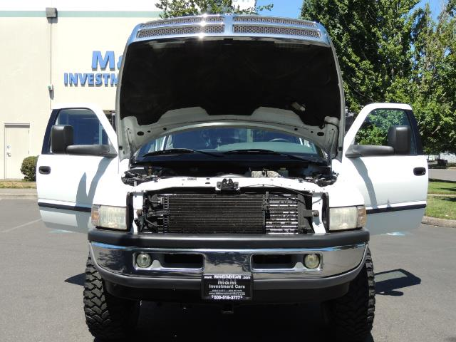 2001 Dodge Ram 2500 Laramie SLT Quad Cab / 4X4 /5.9L DIESEL / 6-SPEED - Photo 32 - Portland, OR 97217