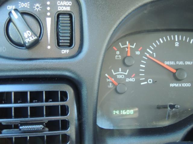 2001 Dodge Ram 2500 Laramie SLT Quad Cab / 4X4 /5.9L DIESEL / 6-SPEED - Photo 38 - Portland, OR 97217