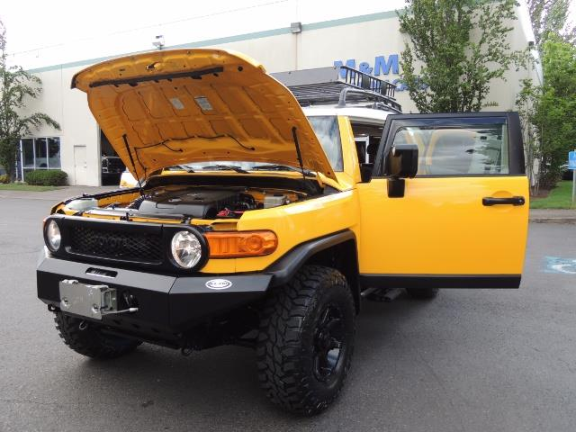 2007 Toyota FJ Cruiser 4x4 / Rear DIFF Lock / 80 K-miles / LIFTED - Photo 30 - Portland, OR 97217