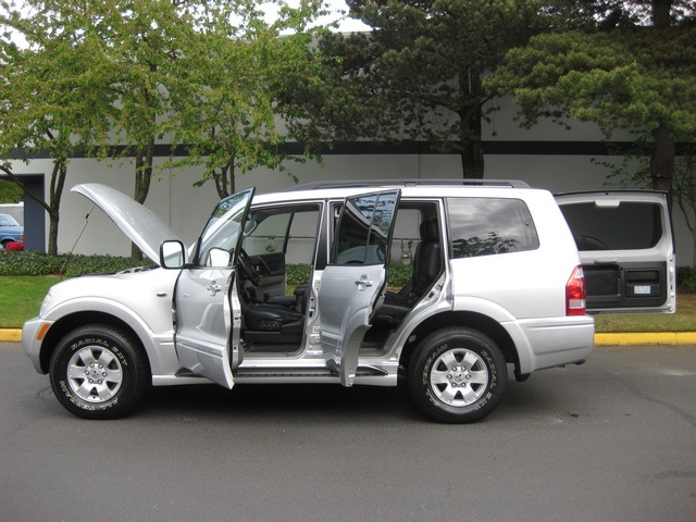 2003 mitsubishi montero limited 4wd v6 leather 3rd seats 1 owner photo - Mitsubishi Montero 2003 Interior