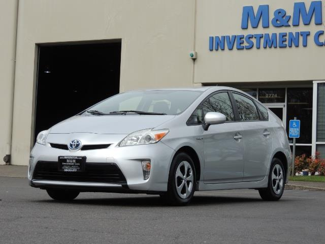 2013 Toyota Prius Two  / HatchBack / Only 37K Miles - Photo 35 - Portland, OR 97217