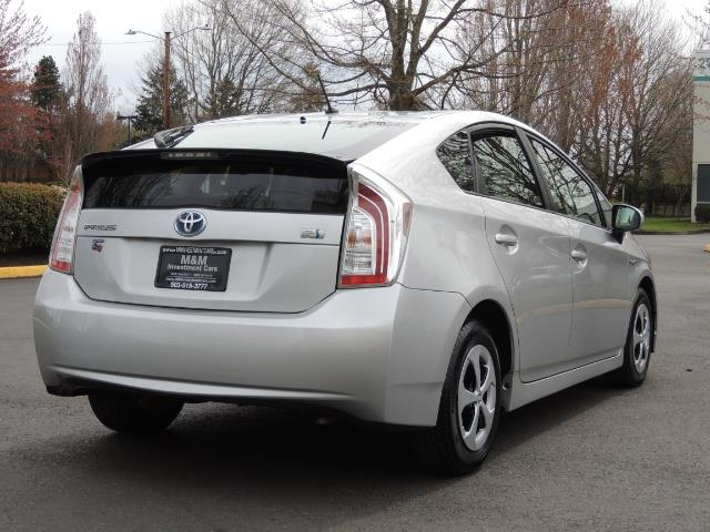 2013 Toyota Prius Two  / HatchBack / Only 37K Miles - Photo 8 - Portland, OR 97217