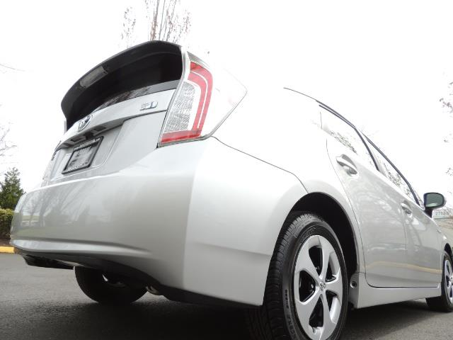 2013 Toyota Prius Two  / HatchBack / Only 37K Miles - Photo 12 - Portland, OR 97217