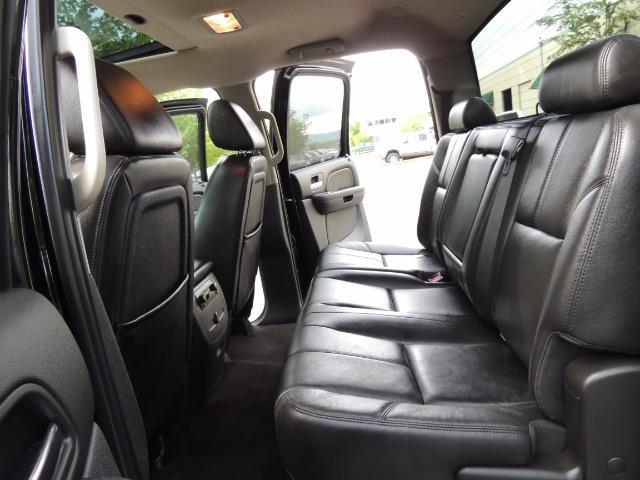 2009 Chevrolet Silverado 2500 LTZ / 4X4 / 6.6L Duramax Diesel / Allison Tranny - Photo 13 - Portland, OR 97217
