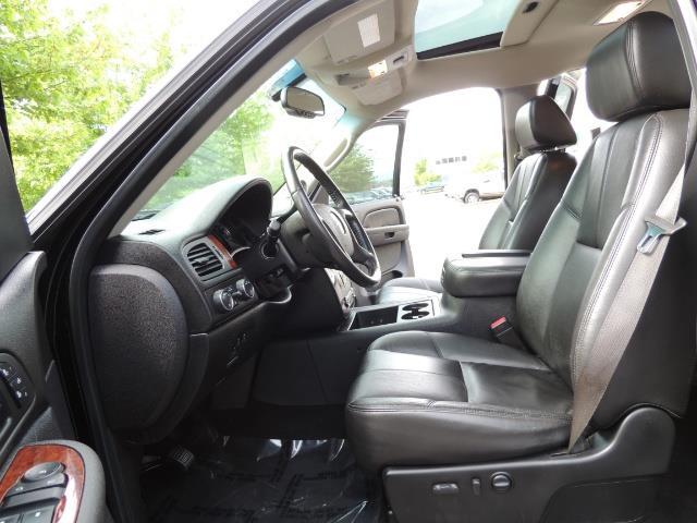 2009 Chevrolet Silverado 2500 LTZ / 4X4 / 6.6L Duramax Diesel / Allison Tranny - Photo 12 - Portland, OR 97217