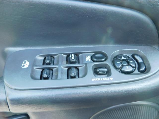2005 Dodge Ram 2500 SLT 4dr / 4X4 / 5.9L DIESEL / 6-SPEED / JAKE BRAKE - Photo 33 - Portland, OR 97217