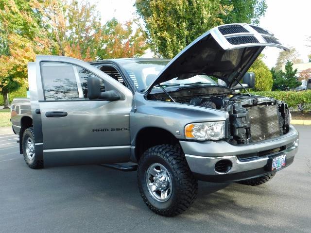 2005 Dodge Ram 2500 SLT 4dr / 4X4 / 5.9L DIESEL / 6-SPEED / JAKE BRAKE - Photo 30 - Portland, OR 97217