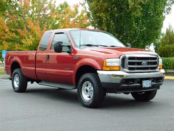 2001 Ford F-250 Lariat Super Duty 4Dr / 4X4 / 7.3L DIESEL /Leather Truck