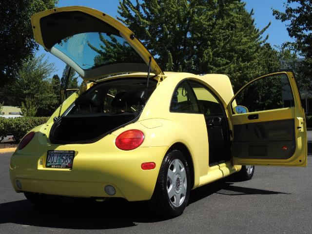2001 Volkswagen Beetle GLX 1.8T Only 34,600 Original Miles Heated leather - Photo 29 - Portland, OR 97217