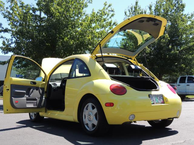 2001 Volkswagen Beetle GLX 1.8T Only 34,600 Original Miles Heated leather - Photo 27 - Portland, OR 97217