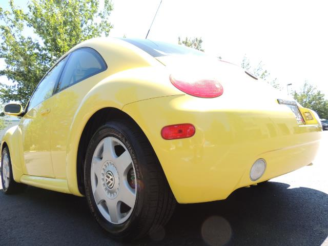 2001 Volkswagen Beetle GLX 1.8T Only 34,600 Original Miles Heated leather - Photo 24 - Portland, OR 97217