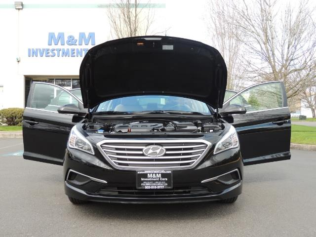 2016 Hyundai Sonata SE / Sedan / Back up camera / Factory Warranty - Photo 31 - Portland, OR 97217