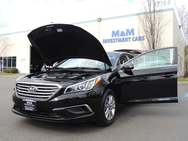 2016 Hyundai Sonata SE / Sedan / Back up camera / Factory Warranty - Photo 25 - Portland, OR 97217