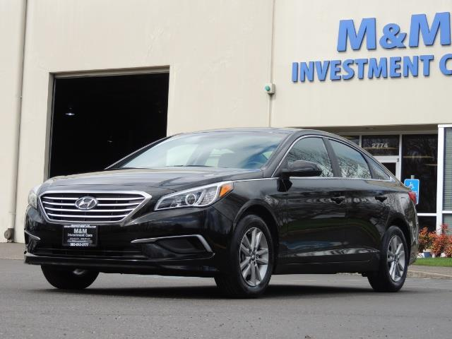 2016 Hyundai Sonata SE / Sedan / Back up camera / Factory Warranty - Photo 1 - Portland, OR 97217
