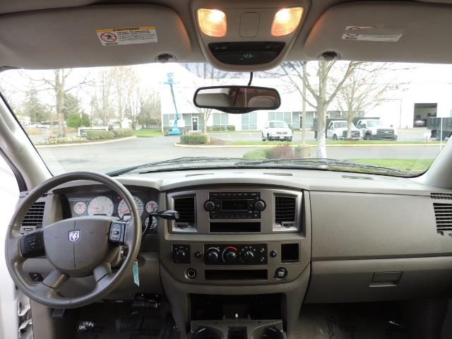 2006 Dodge Ram 3500 SLT / 4X4 / 5.9L CUMMINS DIESEL / LEATHER / DUALLY - Photo 38 - Portland, OR 97217