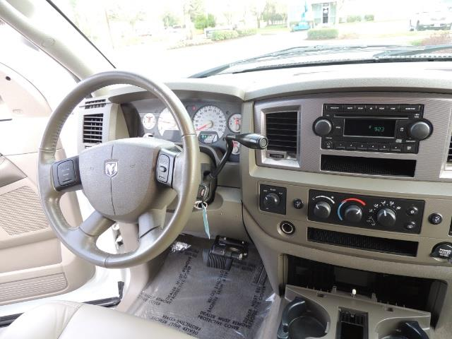 2006 Dodge Ram 3500 SLT / 4X4 / 5.9L CUMMINS DIESEL / LEATHER / DUALLY - Photo 20 - Portland, OR 97217