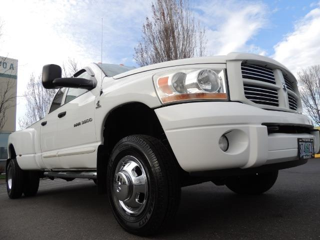2006 Dodge Ram 3500 SLT / 4X4 / 5.9L CUMMINS DIESEL / LEATHER / DUALLY - Photo 10 - Portland, OR 97217