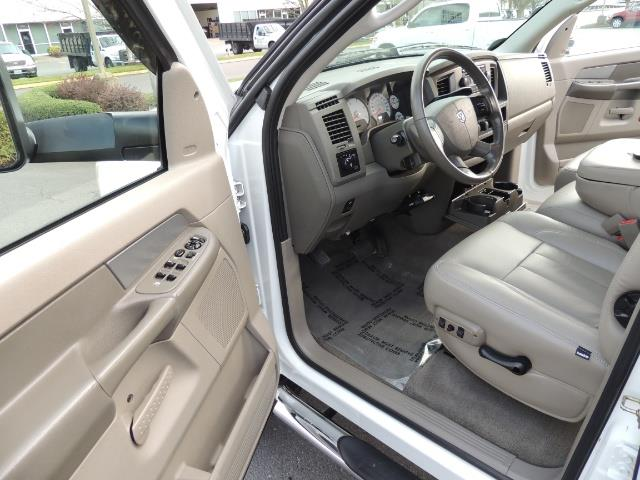 2006 Dodge Ram 3500 SLT / 4X4 / 5.9L CUMMINS DIESEL / LEATHER / DUALLY - Photo 13 - Portland, OR 97217