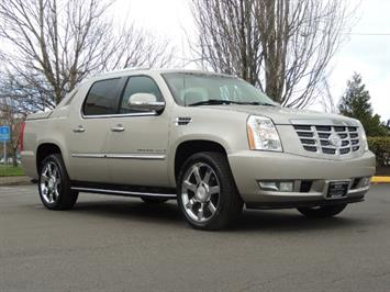 2007 Cadillac Escalade EXT AWD Navigation / Rear CAM / New Tires / LOADED Truck