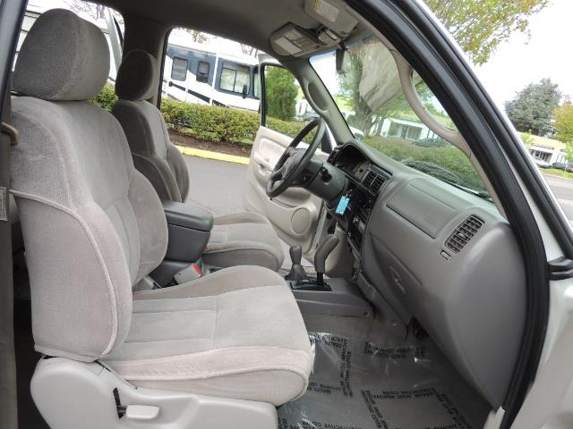 2002 Toyota Tacoma Limited V6 4dr Double Cab / 4X4 / RR DIFF LOCKS - Photo 17 - Portland, OR 97217