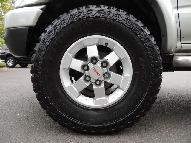 2002 Toyota Tacoma Limited V6 4dr Double Cab / 4X4 / RR DIFF LOCKS - Photo 23 - Portland, OR 97217